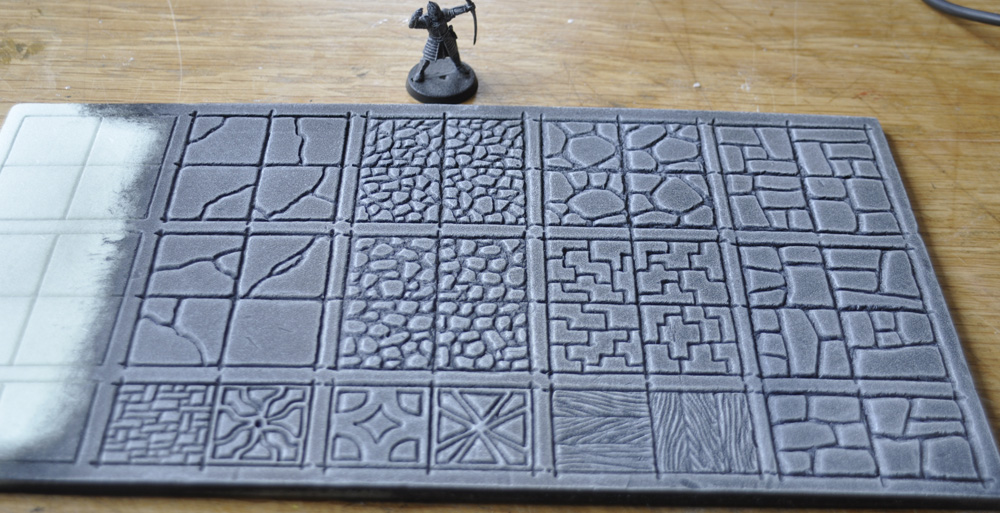 Small project finished and experimenting on 1″ dungeon tiles
